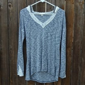 Hem & Thread Long Sleeve T-Shirt/Hoodie type Top
